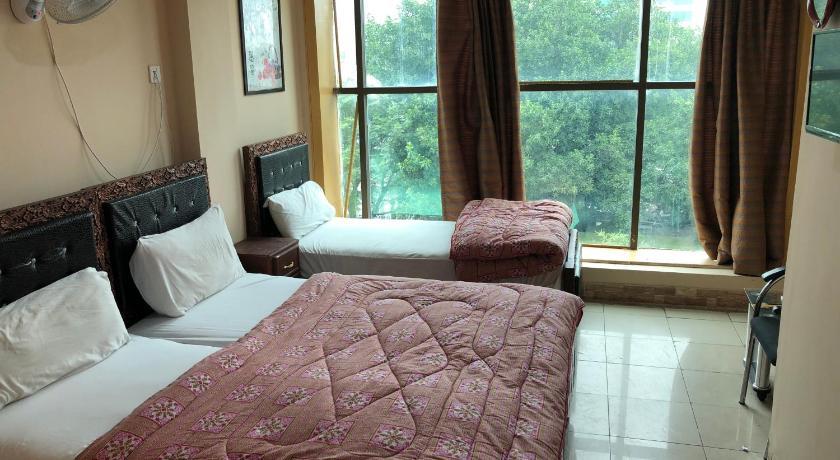 Hotel Rakaposhi islamabad