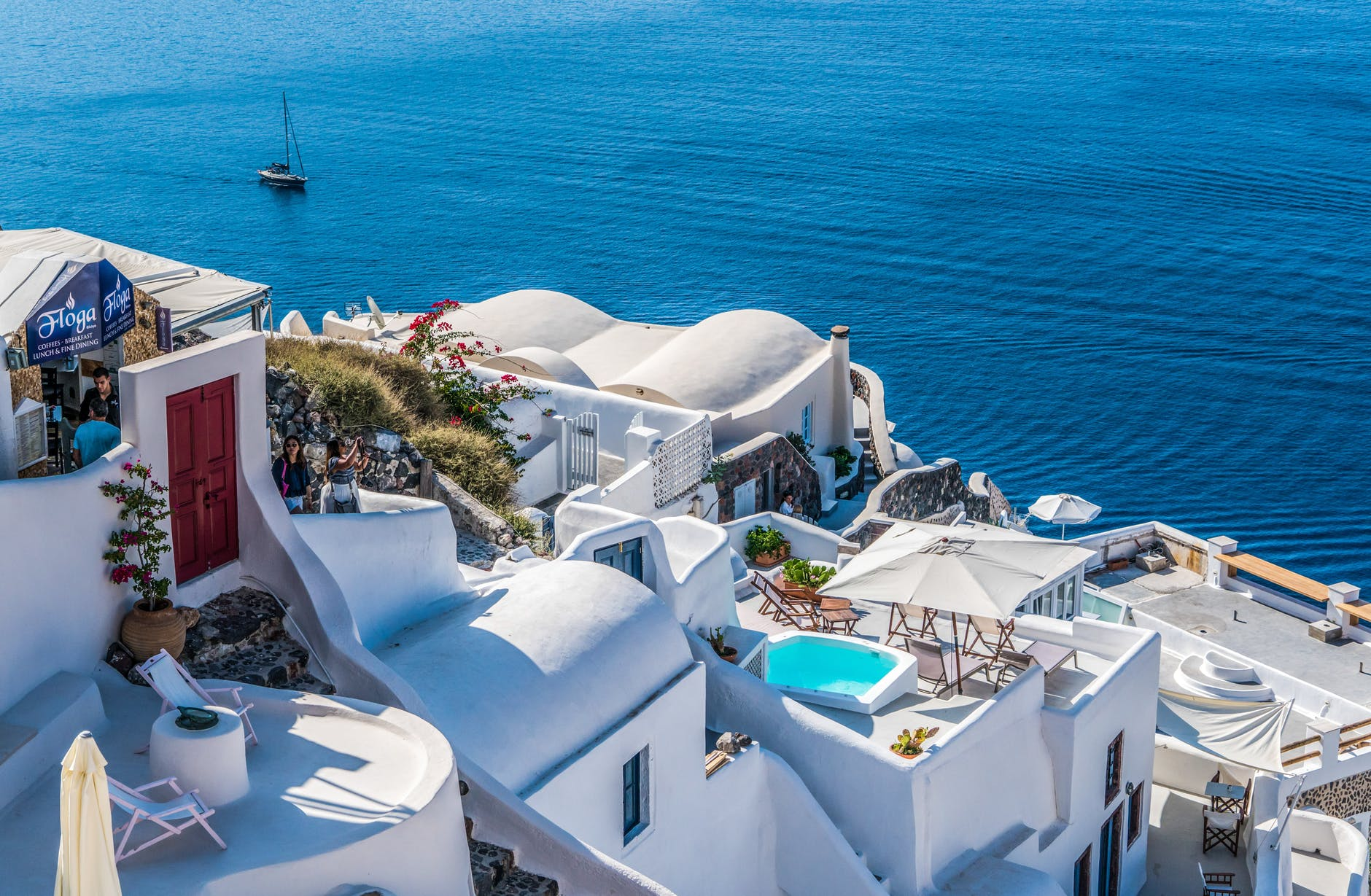 Top 10 Best Places to Visit in Greece 2019