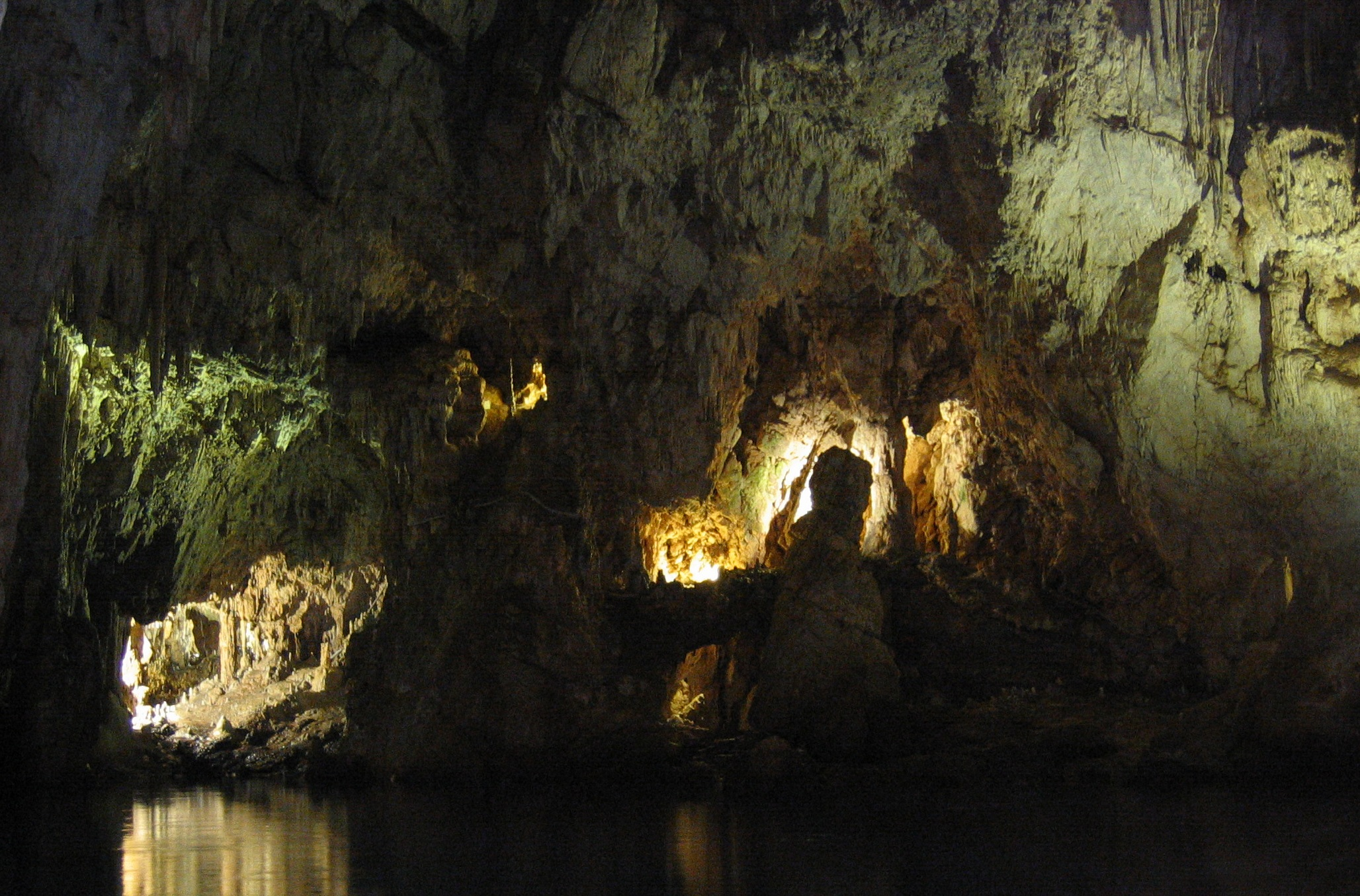 Grotta dello Smeraldo - Best Places To Visit in Amalfi Coast