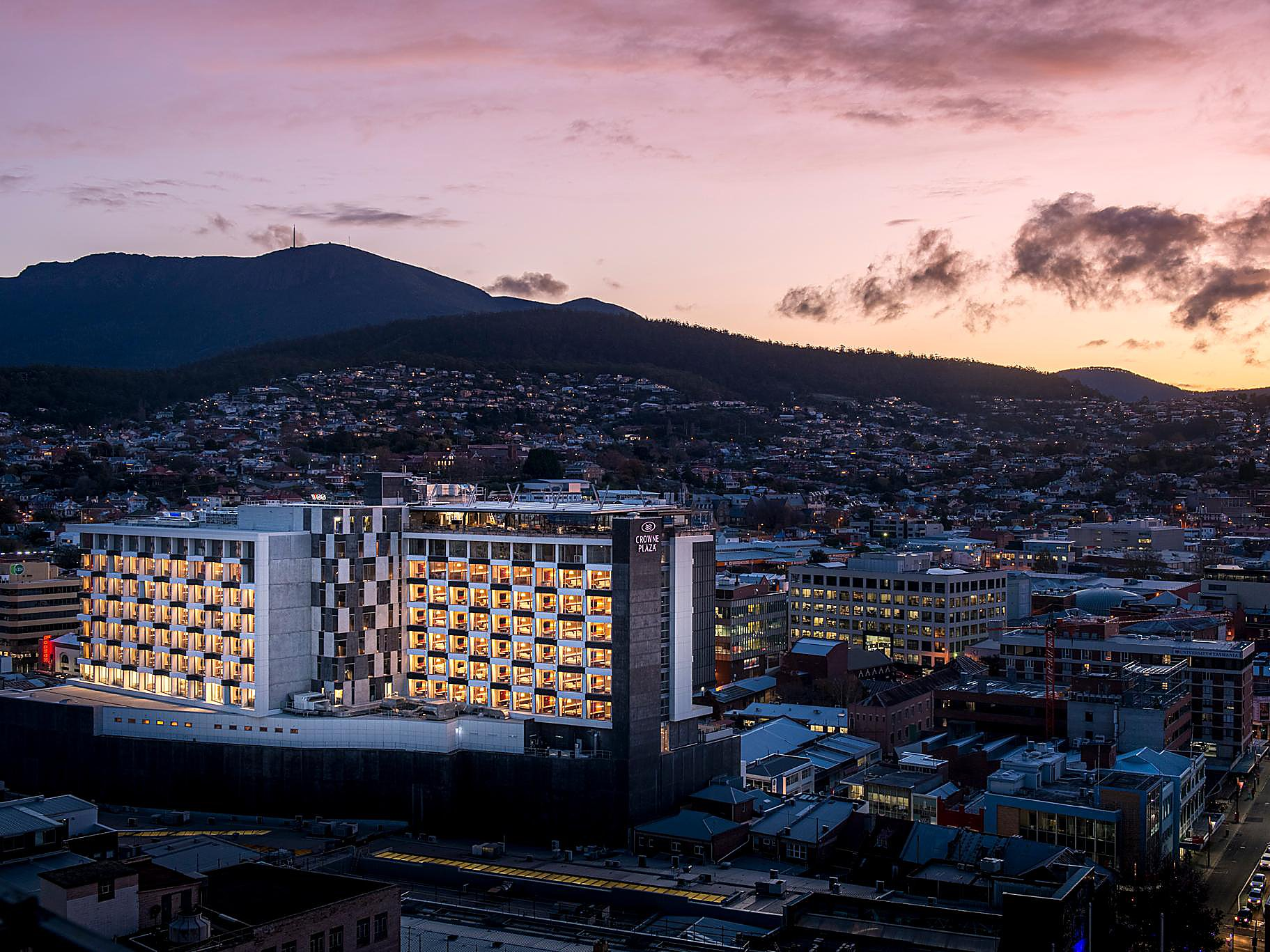 6 Reasons To Book Your Stay At Hotels Hobart