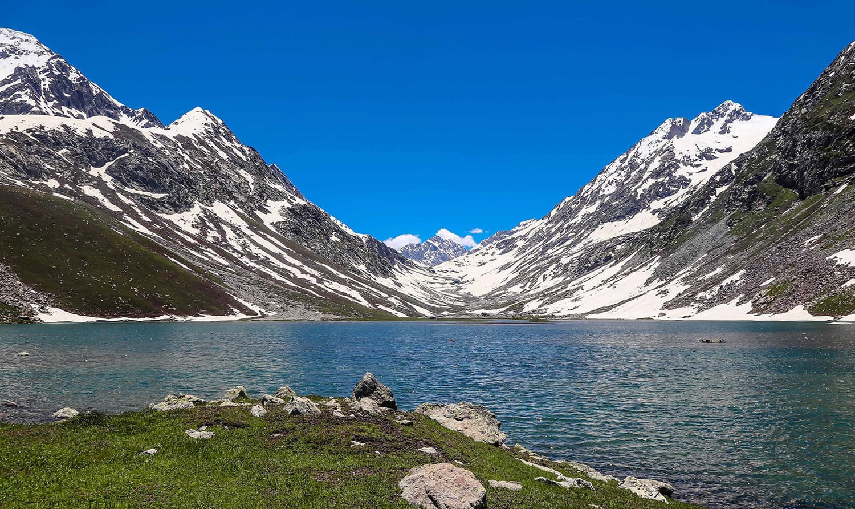 Must Visiting Lakes in Swat Valley